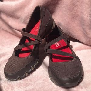 Skechers Velcro Mary Janes Chocolate Brown Size 6